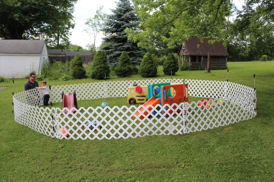 DYI toddle outdoor play space